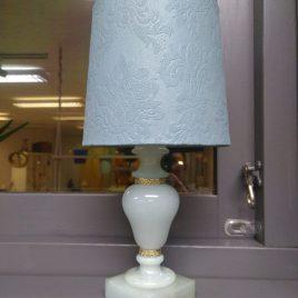 Ljusblå marmorlampa